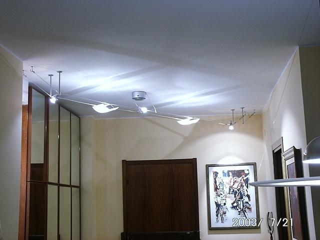 Faretti Con Cavi Acciaio: Illuminazione soggiorno con faretti grazie all util...